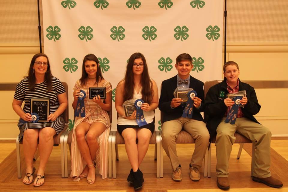 Image of 1st Place Quiz Bowl Junior Team